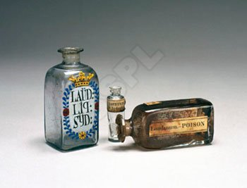 picture of laudanum bottles